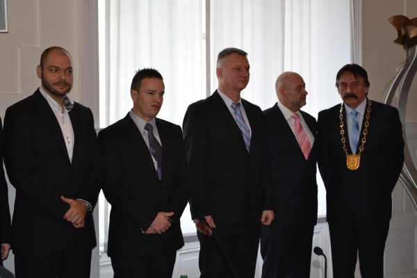 94c9216c35a7 1. zasadnutie Mestského zastupiteľstva v Leviciach dňa 11.12.2014